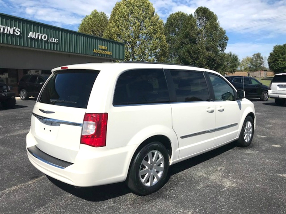 2012 CHRYSLER TOWN AND COUNTRY TOURING VAN Martin's Classic Cars