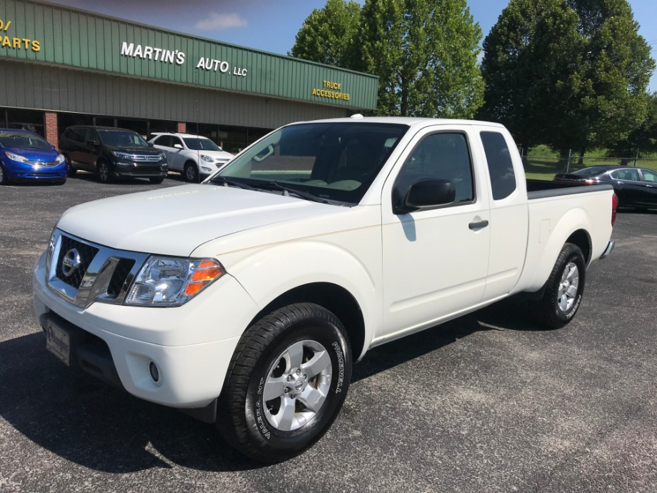 2013 Nissan Frontier Pro X  4X4  Martin's Classic Cars